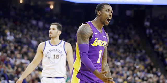 שחקן ה-NBA מרצה עונש מעצר אך ממשיך לשחק עבור קבוצתו
