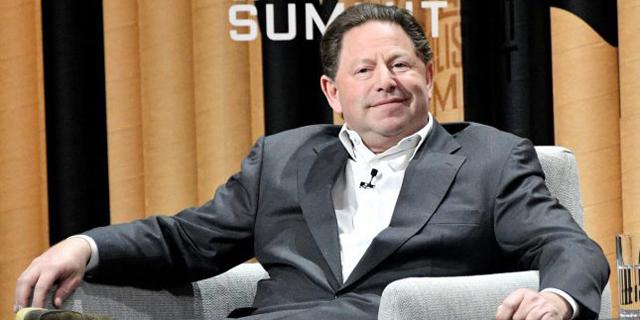 """למפוטרי בליזארד: קופון של 200 דולר; למנכ""""ל: בונוס של 200 מיליון דולר"""