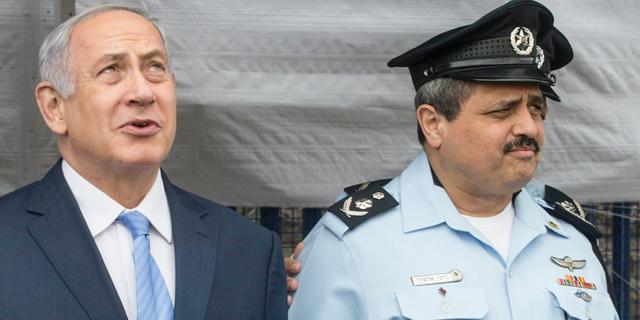 """מימין: מפכ""""ל המשטרה רוני אלשיך וראש הממשלה בנימין נתניהו, צילום: גיל  נחושתן"""