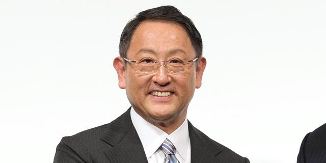 """תאגיד טויוטה נגד ממשלת יפן: """"מעבר מהיר מדי לייצור רכבים חשמליים יהרוס את ענף הרכב"""""""