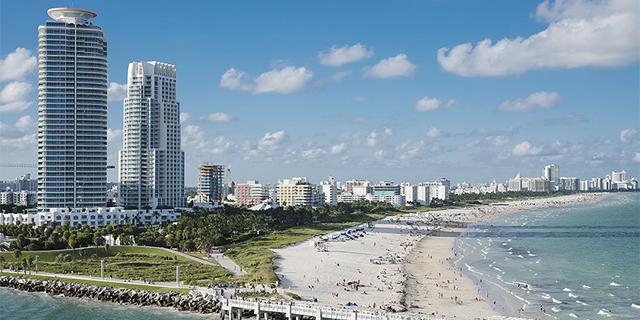 """שינויי האקלים: שיקול משמעותי ברכישת דירה בערי החוף בארה""""ב"""
