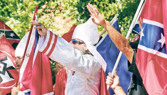 קו קלוקס קלאן בשארלוטסוויל, צילום: איי פי