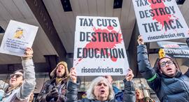מוסף שבועי 18.1.18 הפגנה נגד רפורמת המס של טראמפ, צילום: גטי אימג'ס