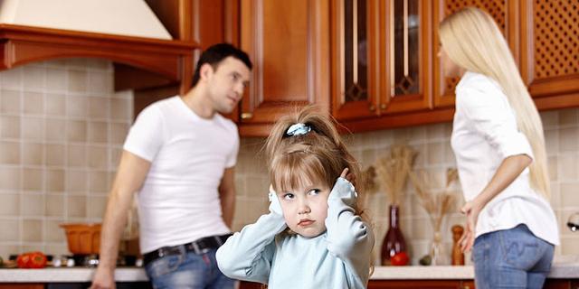 """ביהמ""""ש הפחית מדמי המזונות של אב שבניו שוהים בביתו מחצית מהזמן"""