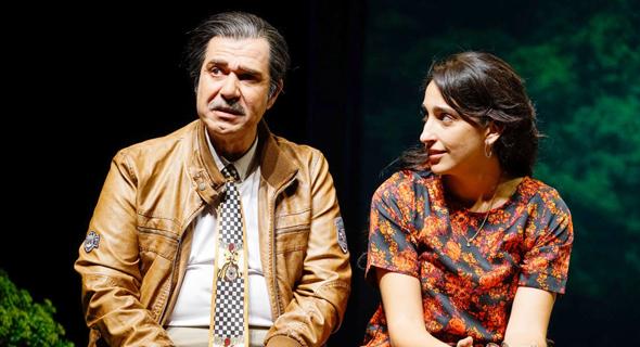 אלמה דישי ואיציק כהן על הבמה. מינון נכון של הומור ודרמה