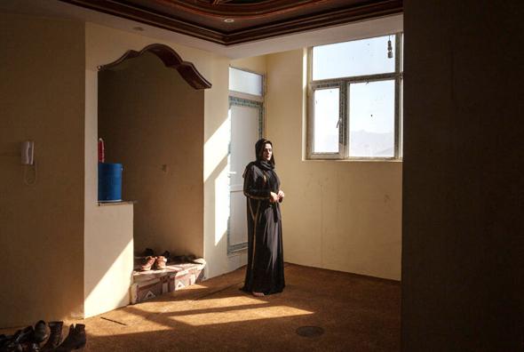 אשת המשטרה סבה סהר, צילומים: Lela Ahmadzai