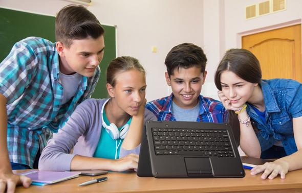 מיקרוסופט מחשב לפטופ זול תלמידים סטודנטים, צילום: מיקרוסופט