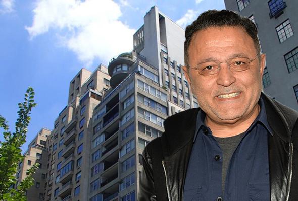 אלי טהרי על רקע הפנטהאוז בשדרה החמישית במנהטן, צילום: גטי אימג