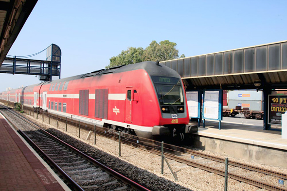 Israel's National Railway Adopts Contactless Credit Card Payments