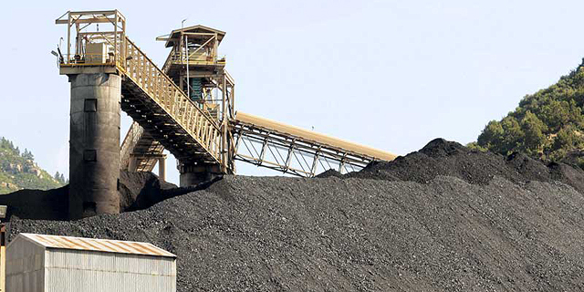 נלחמים בזיהום הסביבה: 35 חברות ביטוח בינלאומיות הפסיקו לבטח מכרות פחם