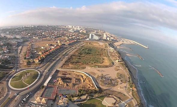 צילום אווירי של אשקלון. במקום אחד לפני אחרון