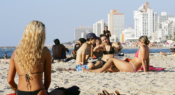 Tourists in Tel Aviv. Photo: Getty Images