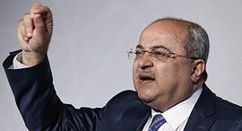 """ח""""כ אחמד טיבי הרשימה המשותפת כנס עסקים של החברה הערבית, צילום: עמית שעל"""