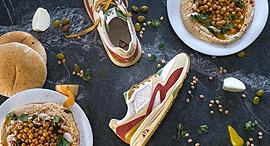 פנאי נעלי ספורט חומוס, צילום: עמית ראם