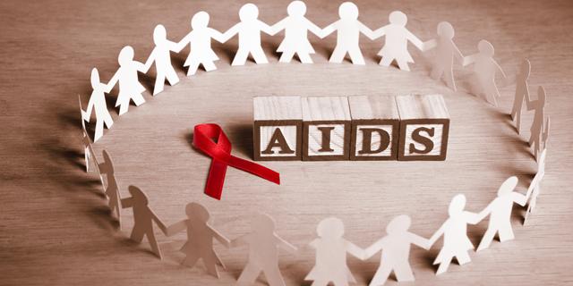 העליון דחה תביעה של נשא איידס שטען כי מרפאת שיניים הפלתה אותו לרעה