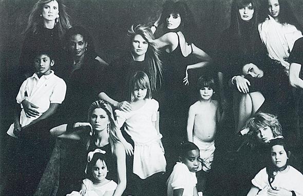 """הכרזה להעלאת המודעות לאיידס, 1987. המאבק במגפה הוא חלק מהדנ""""א של החברה"""