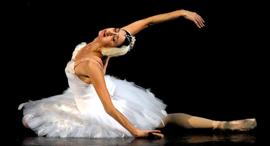 פנאי נינה אנניאשווילי מנהלת הבלט הגיאורגי רוקדת, צילום: Mamuka Kikalishvili