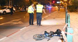 זירת תאונה של אופניים חשמליים, צילום: יאיר שגיא