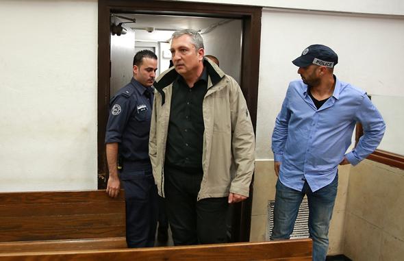 ניר חפץ בית המשפט פרשת בזק, צילום: אוראל כהן
