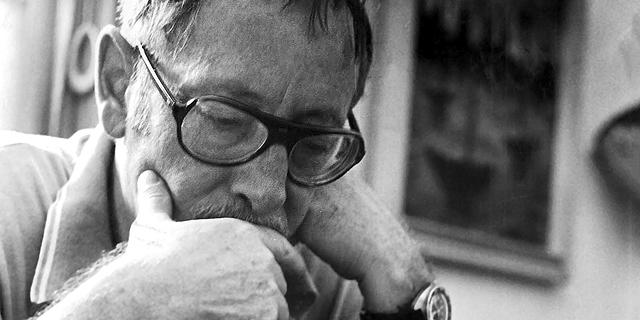 יגאל מוסינזון: דרך גבר ומכתבים