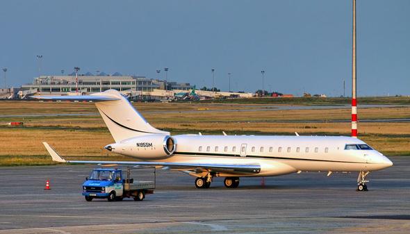 מטוס מנהלים בומברדייה BD-700 Global Express
