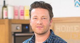 השף ג'יימי אוליבר , צילום: בלומברג