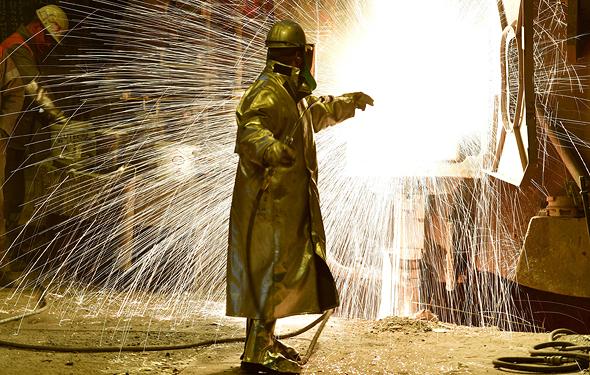 """מפעל פלדה בגרמניה. ארגון הסחר העולמי הזהיר שהפוטנציאל להגברת המתחים הוא """"אמיתי"""""""