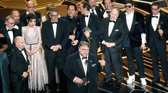 """הסרט """"צורת המים"""" זוכה בפרס הסרט הטוב ביותר"""