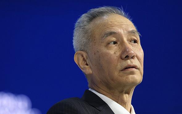 """ליו הא. הפך לנושא ונותן העיקרי של הסינים מול ארה""""ב בזכות האנגלית שלו"""
