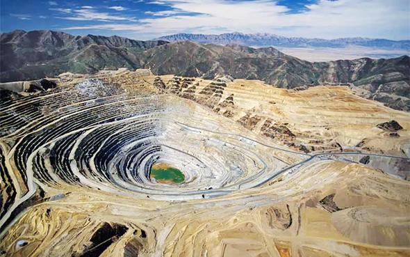 מכרה נחושת בזמביה. אפריקה מספקת חומרי גלם, צילום: zambiainvest