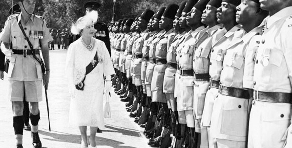 עידן הקולוניאליזם: מלכת בריטניה בביקור בגאנה, צילום: ghanagrio