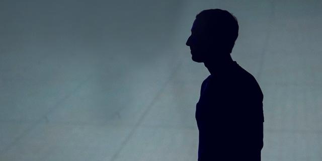 צוּקנאמי: הדרמה שאחרי השינוי שמארק צוקרברג עשה בניוזפיד של פייסבוק