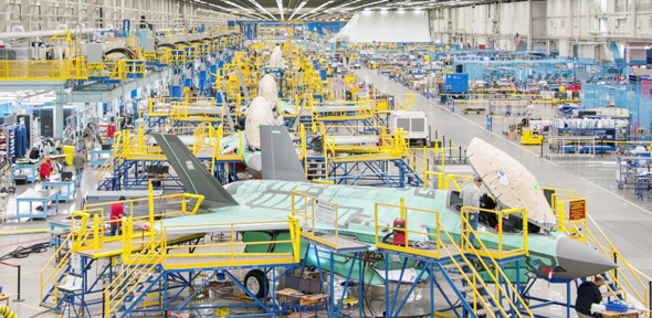 פס ייצור של מטוסי F35