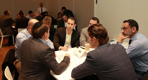 שולחן RBC ועידת ניו יורק meet and pitch גלריה, צילום: אוראל כהן