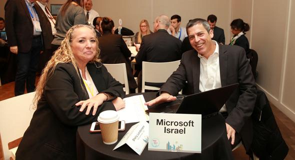 שולחן מיקרוסופט שלי לנדסמן ועידת ניו יורק meet and pitch גלריה, צילום: אוראל כהן