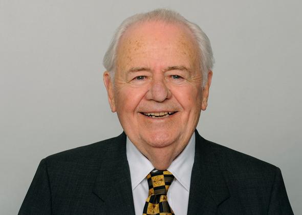 טום בנסון. מת בן 91