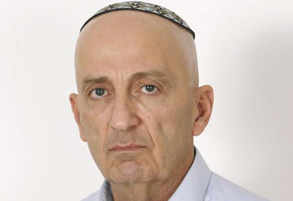 """שופט בית המשפט העליון אדמונד לוי ז""""ל"""