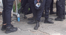 נעלי שוטרים, צילום: זהר שחר