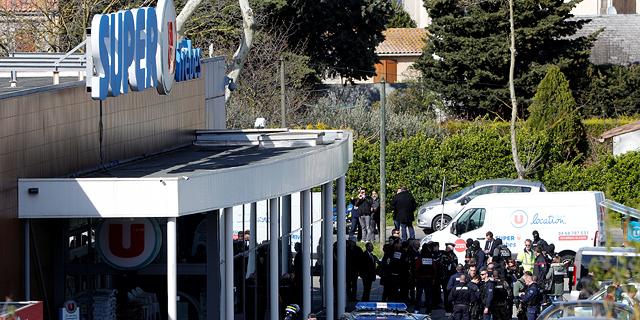 צרפת: החמוש שרצח שלושה בני-אדם - נורה למוות