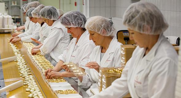 מפעל מרציפן בגרמניה, צילום: בלומברג