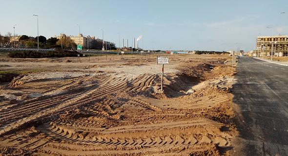 הכביש הפיראטי שנבנה ליד פרויקט אמירי גן בחדרה