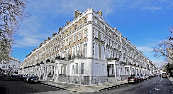 שכונת קנזינגטון, לונדון. לקראת גל מכירות