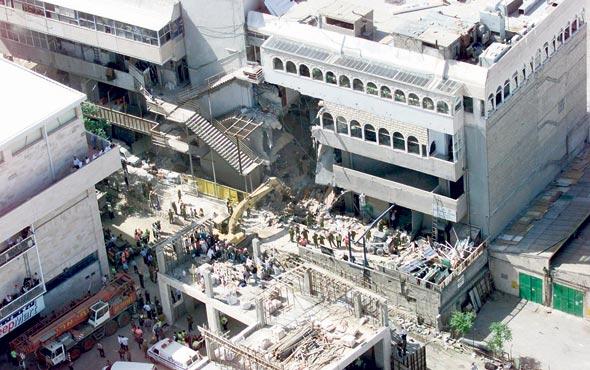 קריסת אולמי ורסאי, ירושלים 2001. האסון שהניע את התהליך