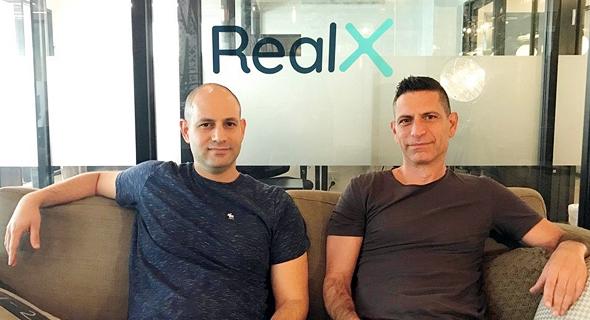 מימין: שי שפיגלבלט ואביב גרטן, מייסדי Realx