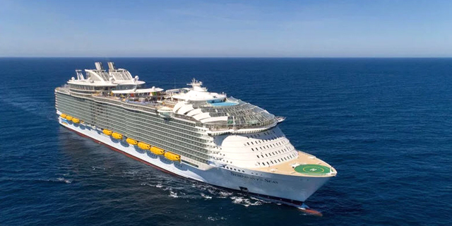כך נראית הסוויטה היקרה ביותר באניה היקרה והגדולה בעולם