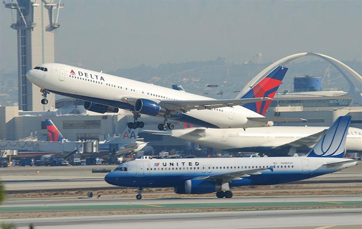 שדה התעופה בלוס אנג'לס