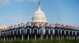 הפגנה נגד פייסבוק בסנאט, צילום: איי פי