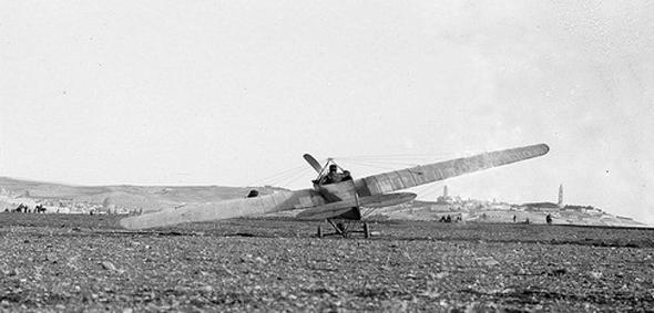 מטוס צרפתי נוחת בירושלים, 1913