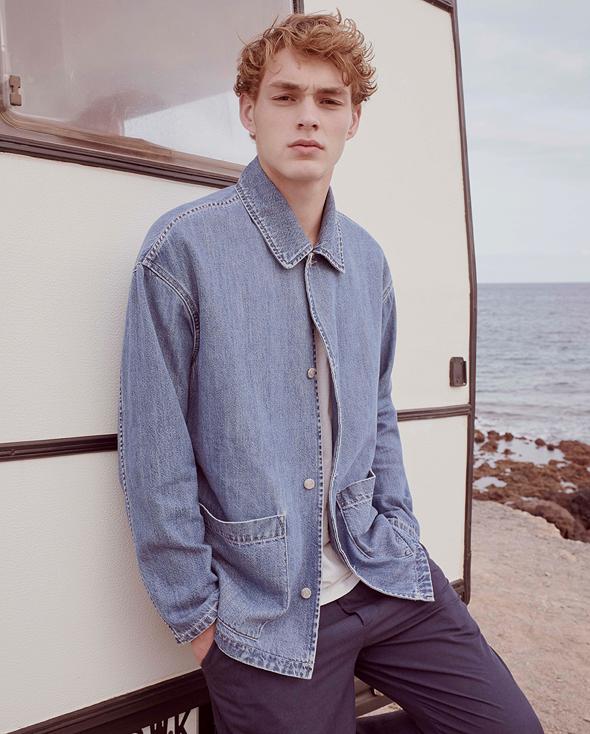 ז'קט ג'ינס ומכנסיים של אמריקן וינטג'. 1,584 שקל