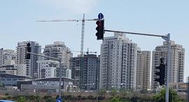 קריית אונו קרית אונו בנייה דירות מגדלים, צילום: דוד הכהן